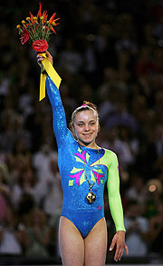 Canada's had an outstanding night in Artistic Gymnastics, including Elyse Hopfner-Hibbs win on the Beam.